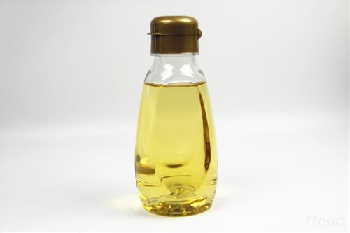 阳光照射 高温都会加速食用油的氧化酸败
