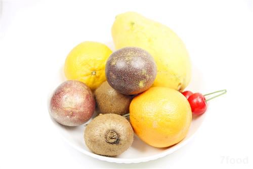 吃水果蔬菜 要注意互补