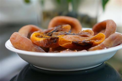 柿饼的功效与作用_小零嘴柿饼的功效与作用清热解渴健脾涩肠健