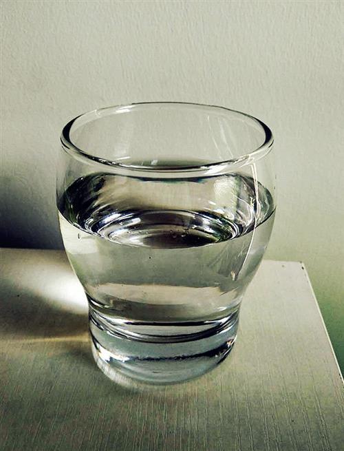 天气热如何科学喝水_健康饮食