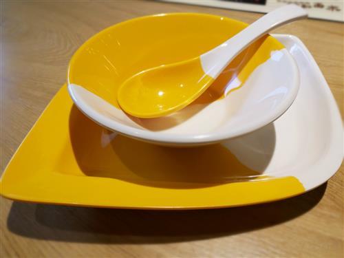 中餐饭桌上的礼仪知识