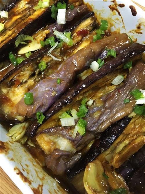 紫色茄子富含维生素P 茄子的营养介绍