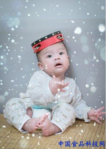 """可怜天下父母心啊,如何让可爱的宝宝今年秋冬可以避免遭受湿疹""""袭击"""""""