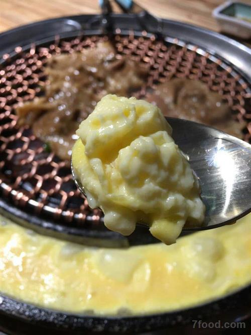 """二月二传统民俗食品""""龙胆""""油炸糕"""
