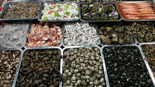 临近春节 海鲜市场供货充足 价格平稳