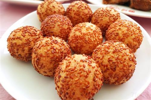 正月十五闹元宵 元宵节吃哪些传统食物?