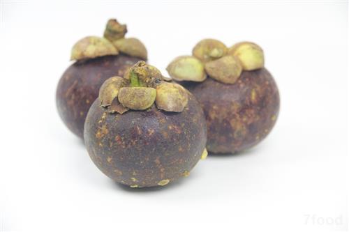 昆明:山竹大量上市 市场进口水果增多